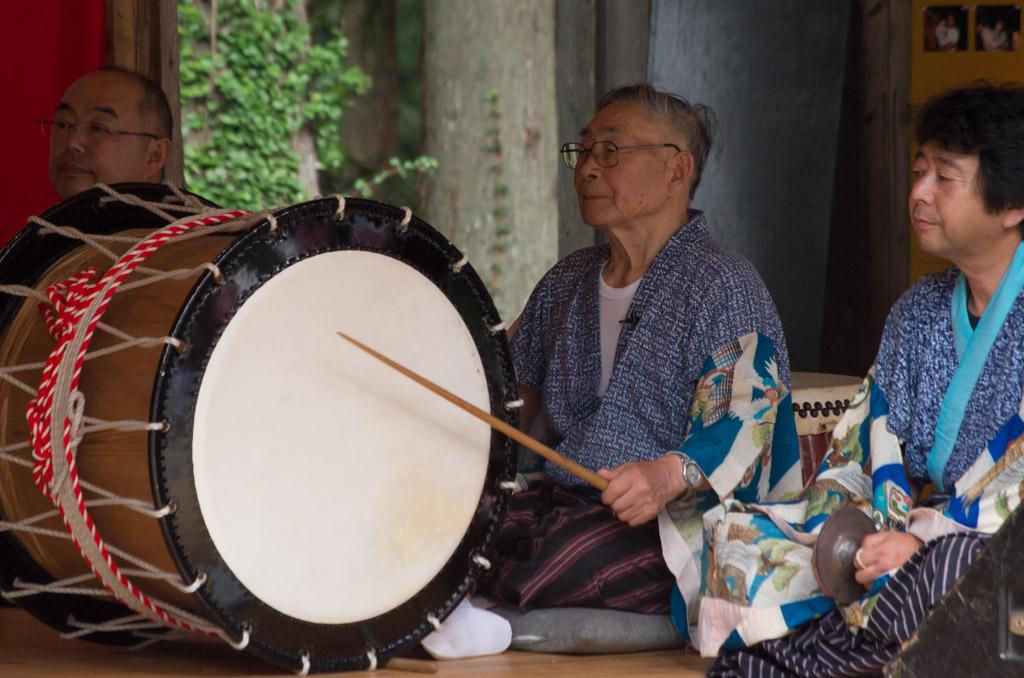 荒雄川神社祭典「御神楽奉納」の様子