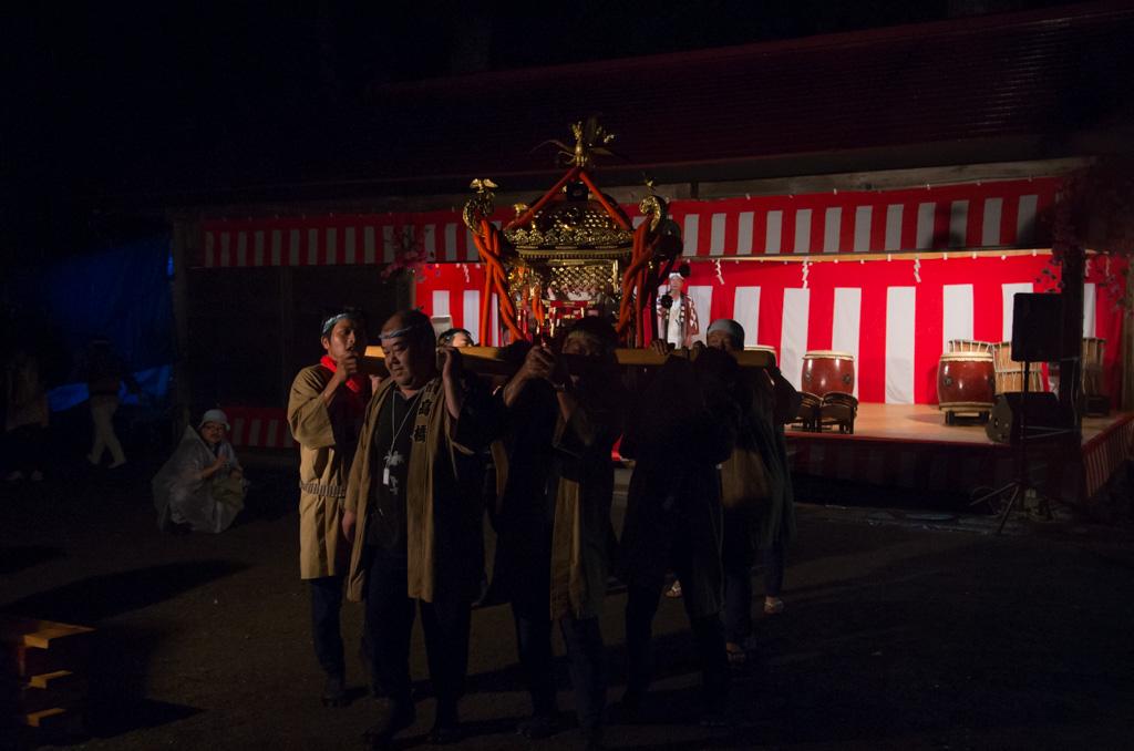荒雄川神社祭典「神輿」